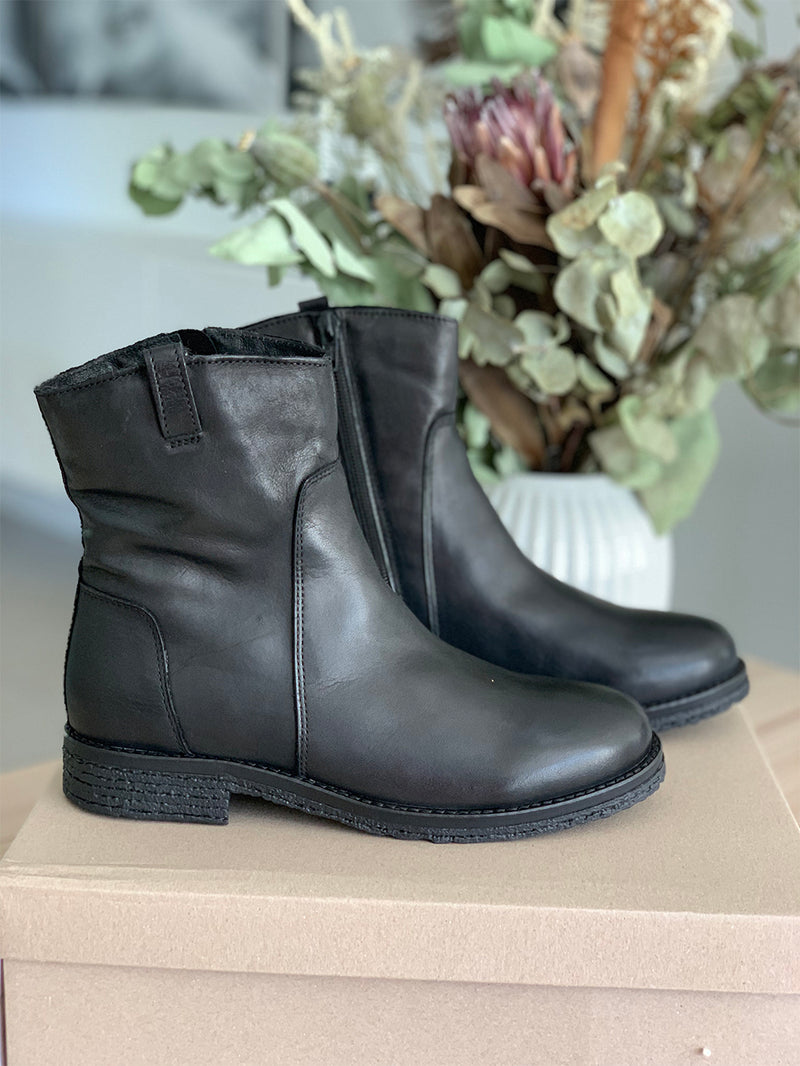 BIAATALIA Winter Leather Boot