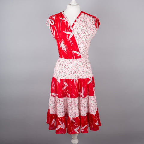 1970s red and white vintage dress