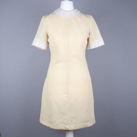 1960s short sleeve vintage shift dress