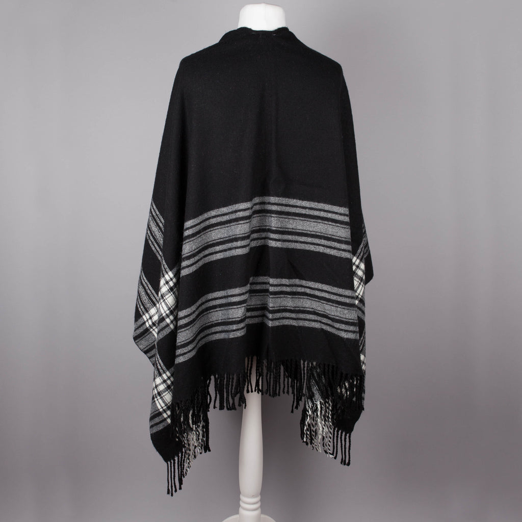 Black and white check vintage blanket wrap