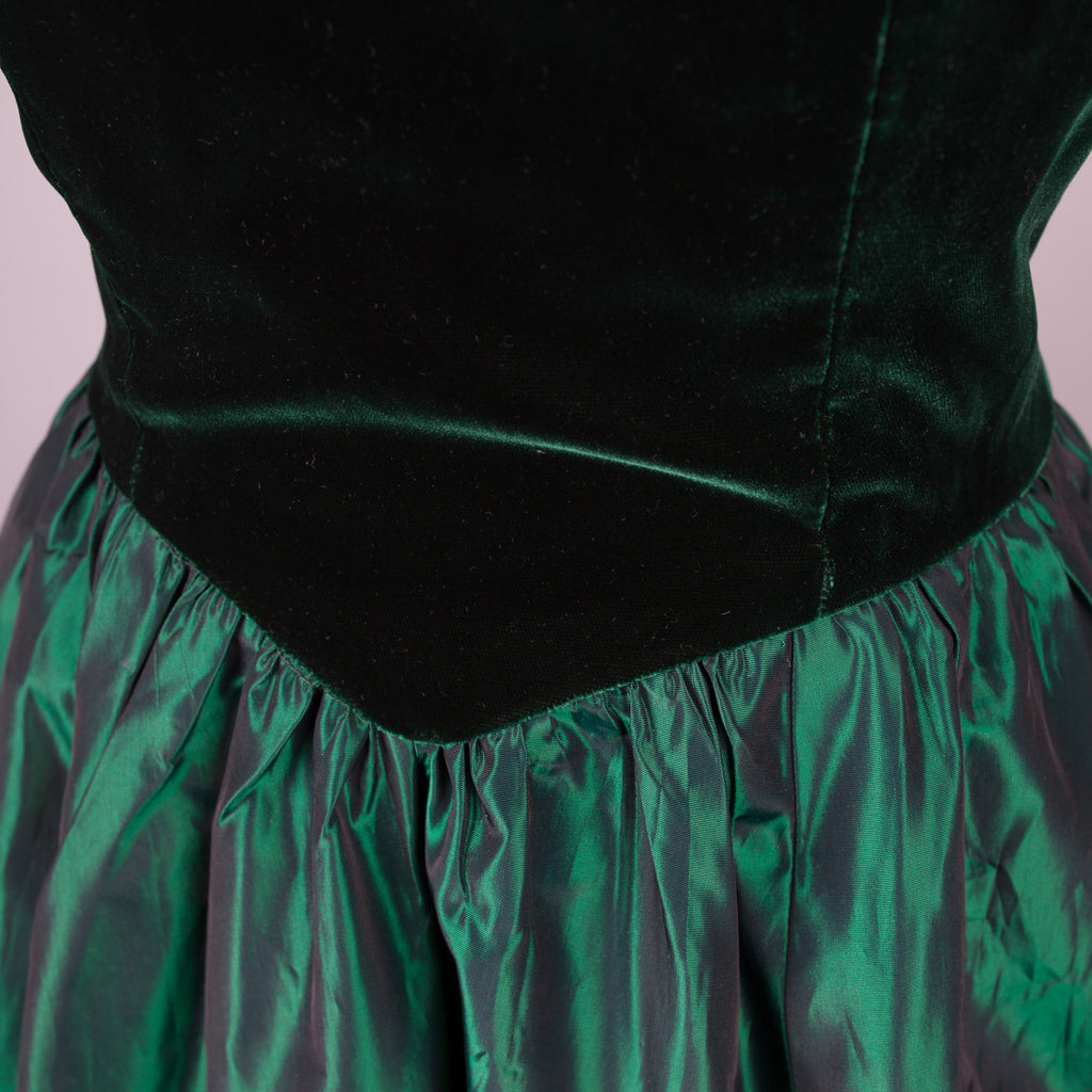 1980s emerald green taffeta and velvet party dress