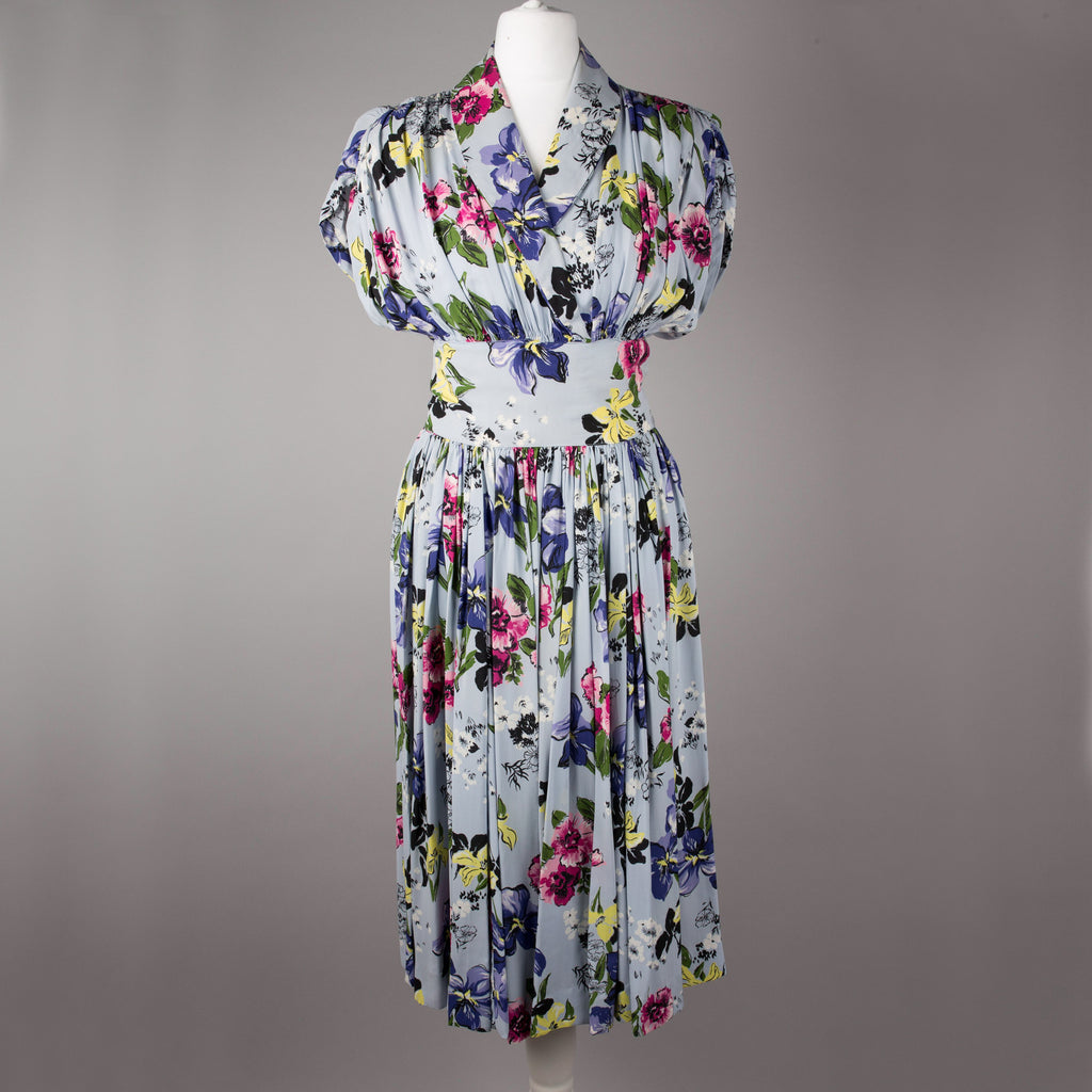 1940s floral rayon vintage dress