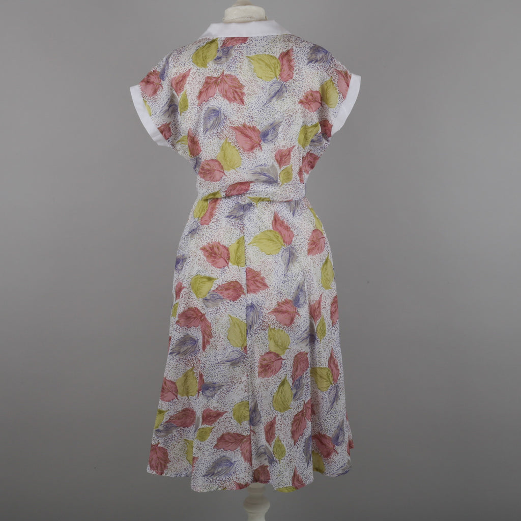 1980s leaf print vintage shirt waister dress