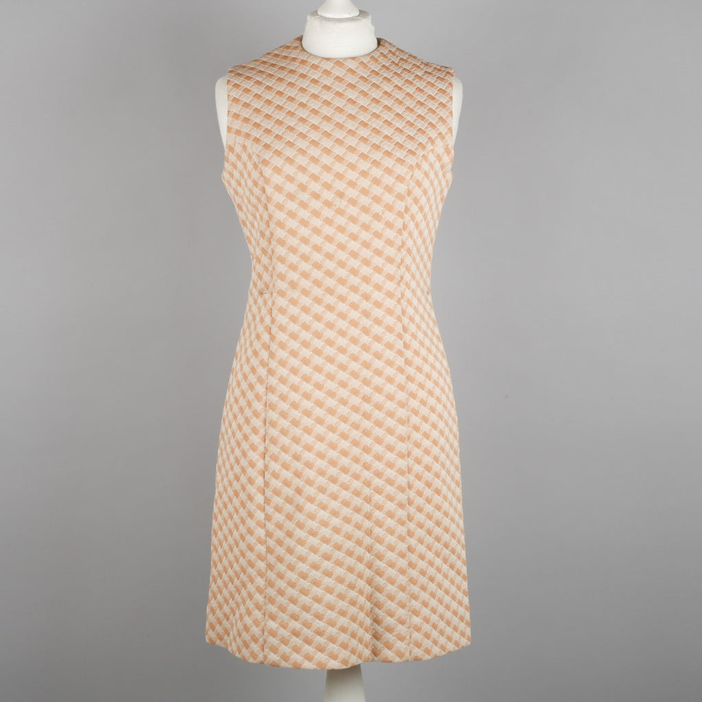 1960s simple sleeveless shift dress
