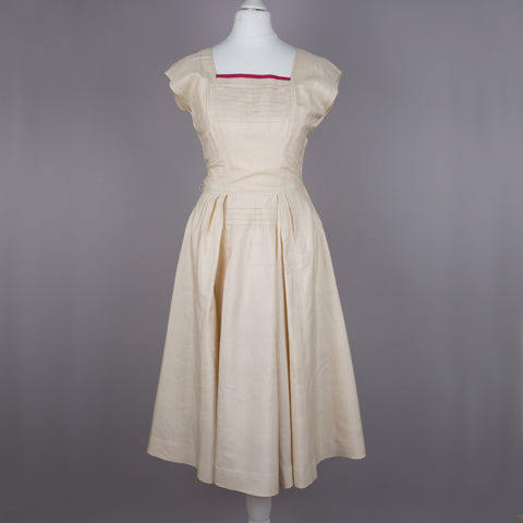 1980s does 50s cream silk vintage party dress