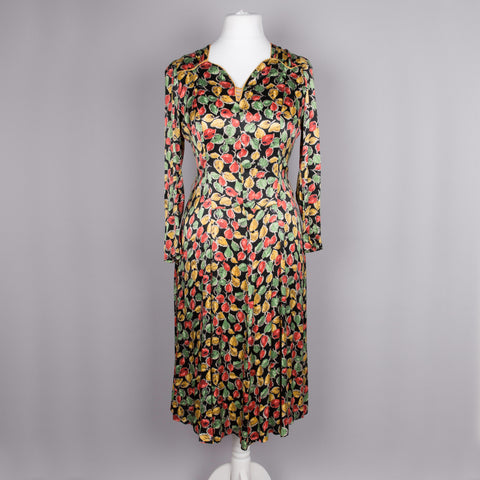 1940s leaf print rayon vintage dress