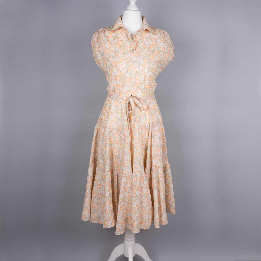 1970s peach ditsy print vintage midi dress