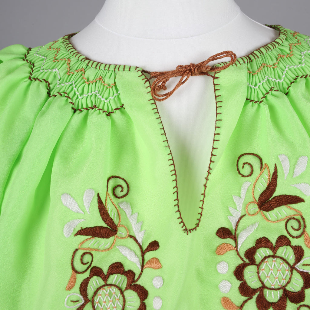 1960s green vintage peasant blouse