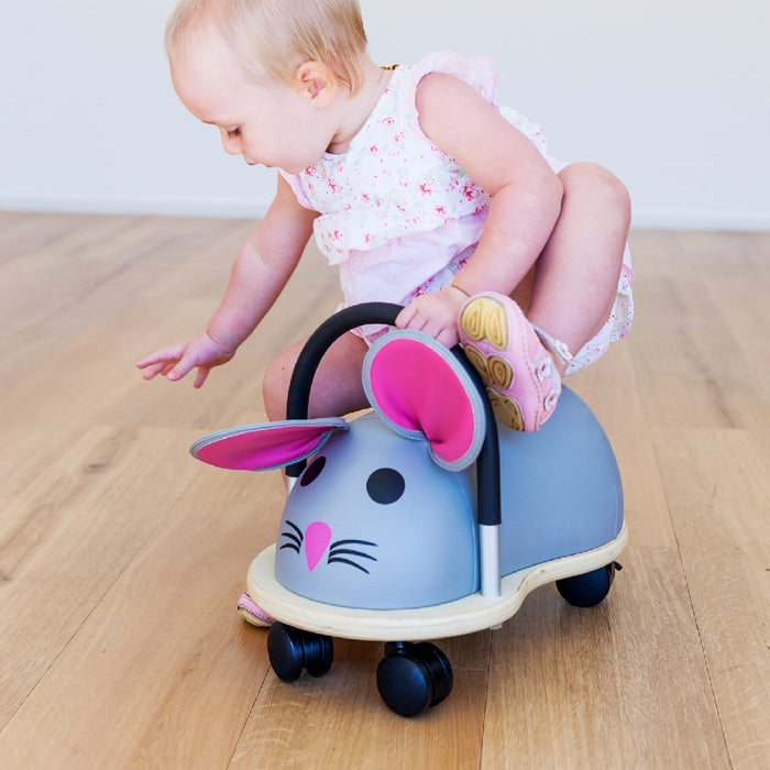 wheely bugs small mouse ride on lifestyle