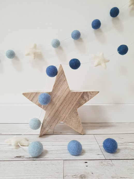 Felt Pom Pom Garland - Balls in Shades of Blue with White star
