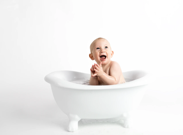 How to bathe your baby safely