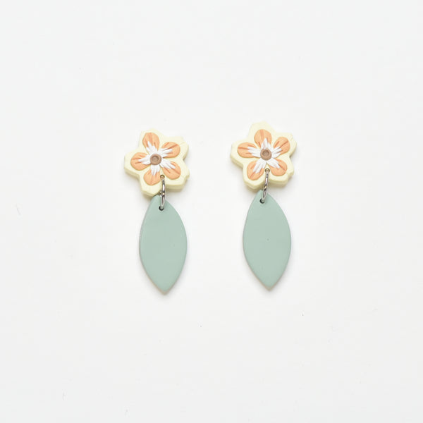 milki.sg Madeleine Yellow Dangles (Leaf Drop 1)