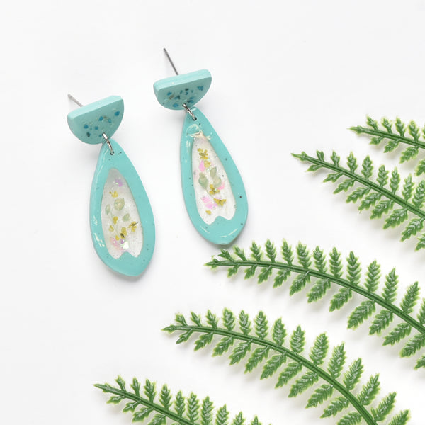 milki.sg Eternal Bloom Teal Dangles (Taerie)