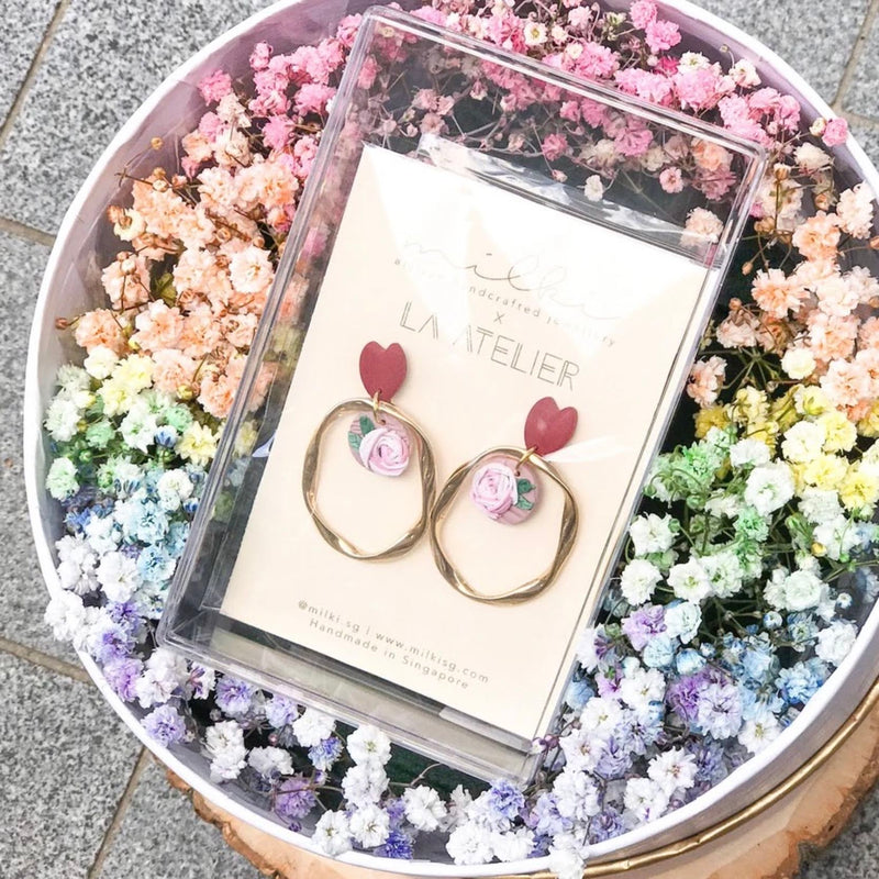 milki.sg Rainbow Fleur Gifts in Box — Love Sirens Dangles (Ring)