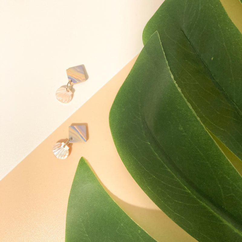 Seashells by the Seashore Studs (Pink)