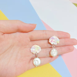 Baby Shells Dangles (Pearl)