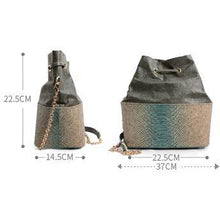 Load image into Gallery viewer, Womens Cork Messenger Handbag