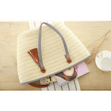 Load image into Gallery viewer, Straw Tassel Shoulder Bag - Meraki Cole Company