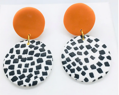 Dotted Medium Cognac Earrings