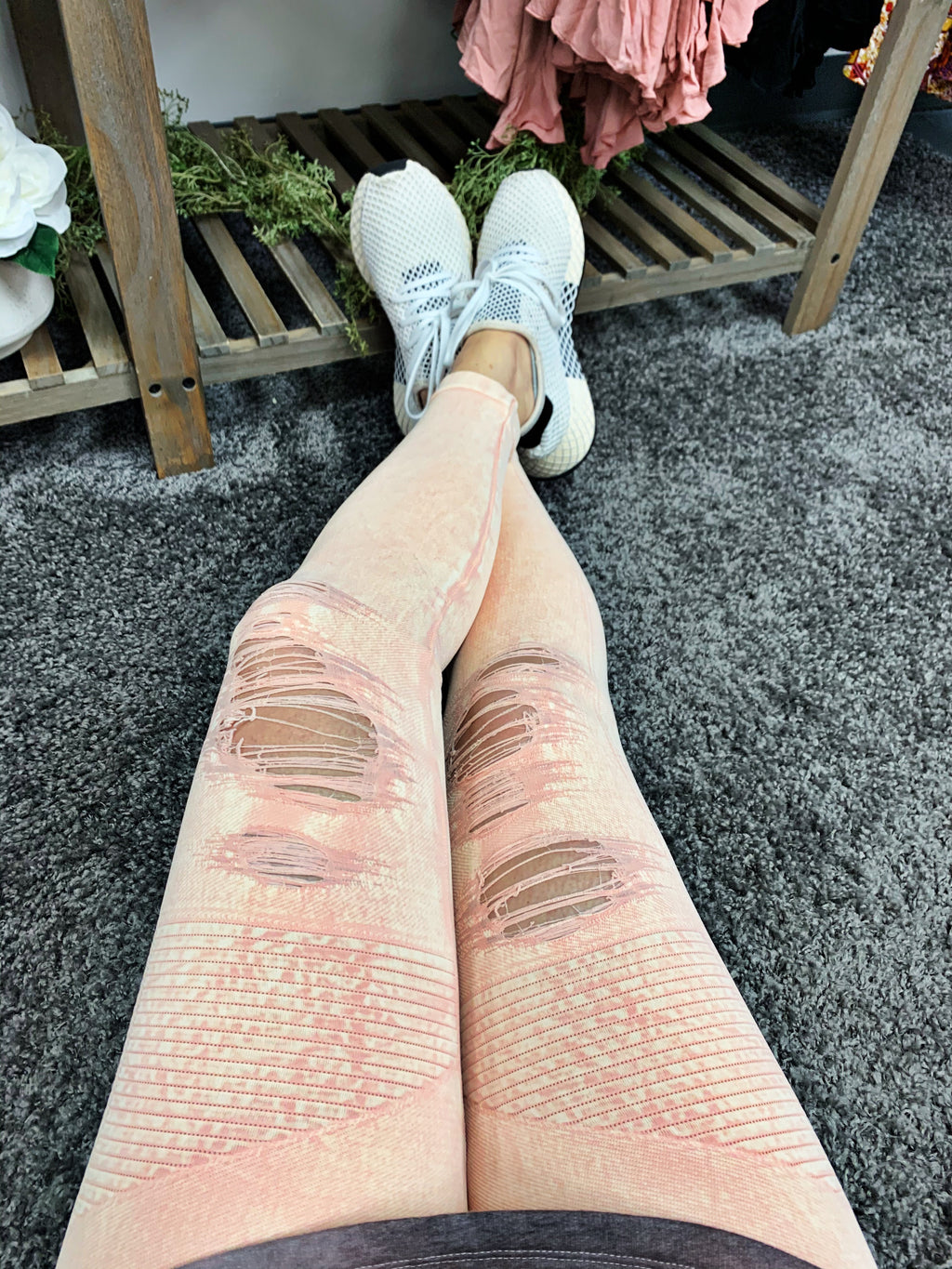 Distressed leggings - peach