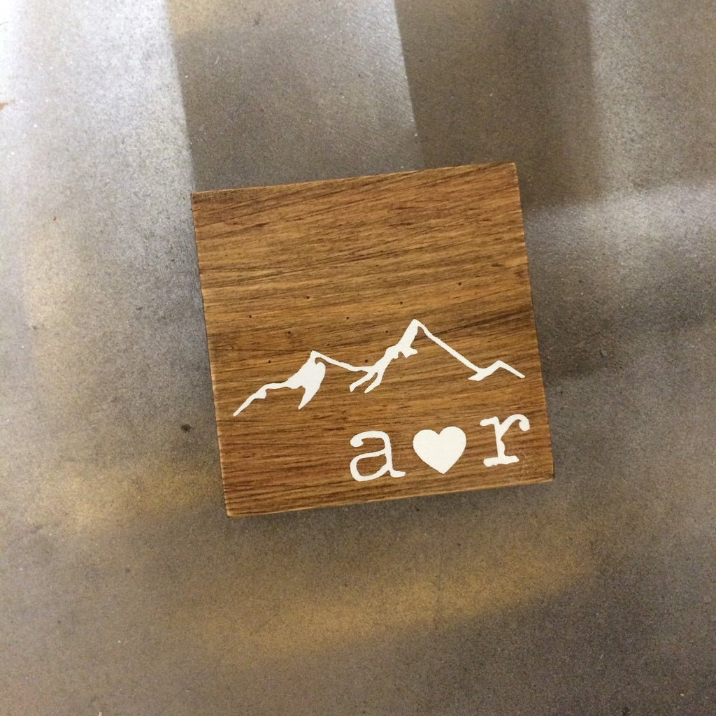 COASTERS - WOOD SET OF 4