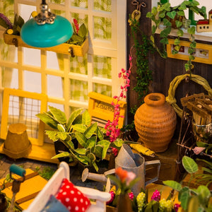 DIY Wooden Miniature Garden Dollhouse
