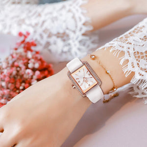 Fashionable Square Case with Sophisticated Band Quartz Watch