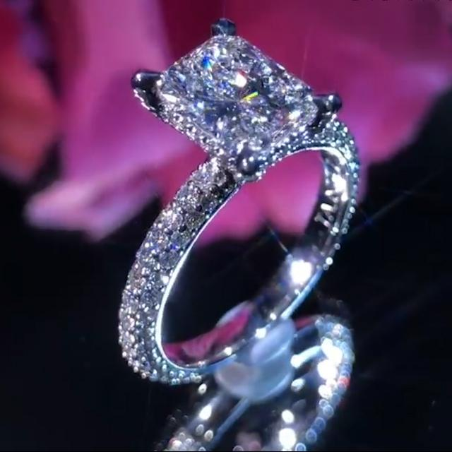 Classic Luxury Diamond Princess Wedding Ring