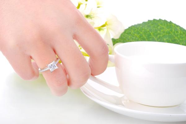 Silver Square Diamond Engagement Rings