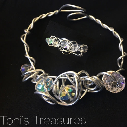 Wire wrapped crystal bracelet