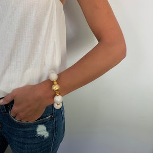 TESSA STATEMENT BRACELET IN IVORY AND GOLD