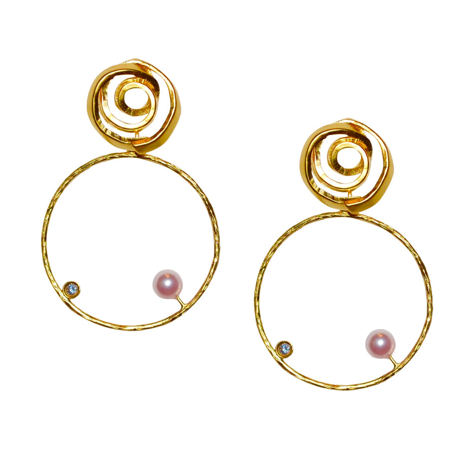 ALICIA GOLD HOOP EARRING WITH PINK PEARL ACCENT