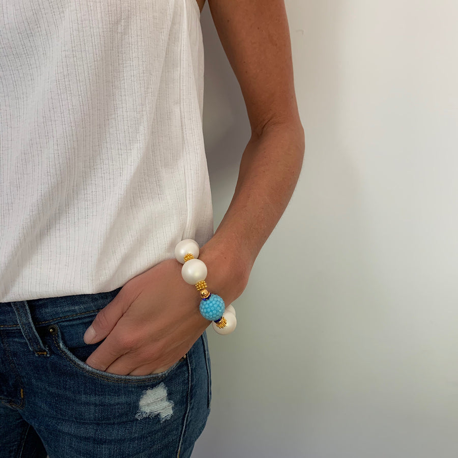CAMILLA STATEMENT BRACELET IN MATTE PEARL AND TURQUOISE