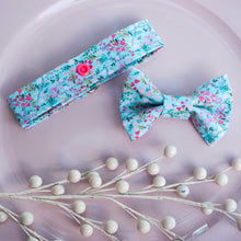 Load image into Gallery viewer, Sweetheart Bouquet // Reversible Bow Tie