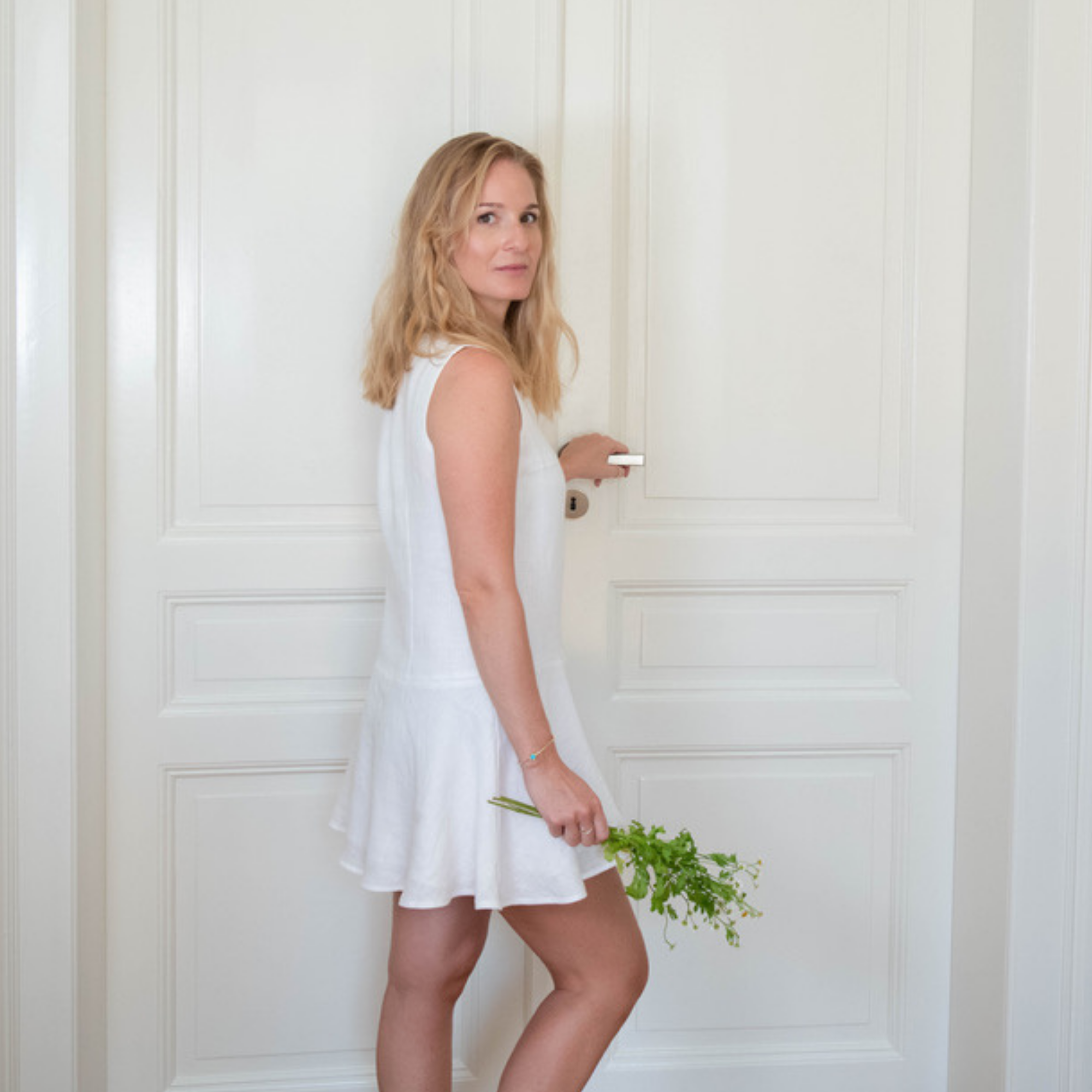 FRENCH OPEN KLEID aus Leinen