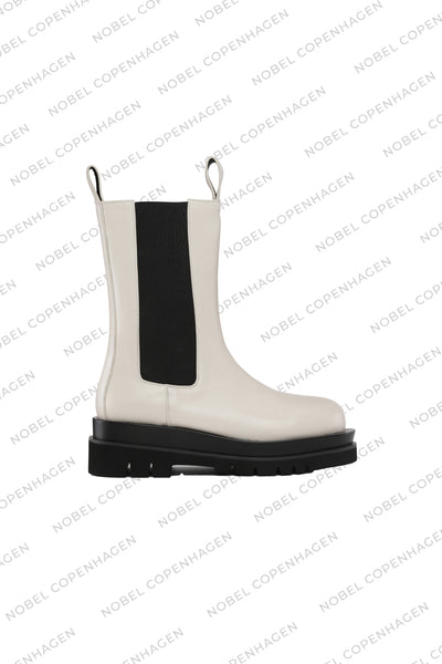 SAMPLE - KENDRA BOOTS - WHITE