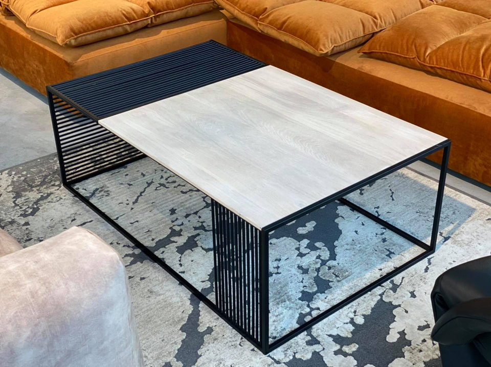 COFFEE TABLE  271