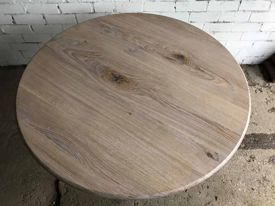 DINING TABLE 060