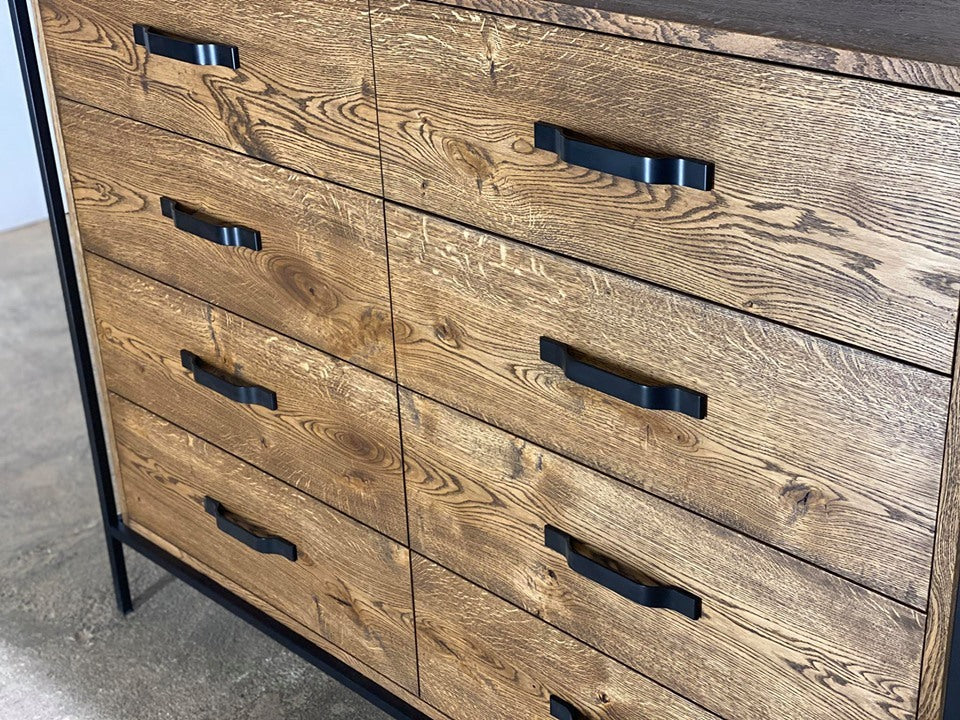 CHEST OF DRAWERS 309