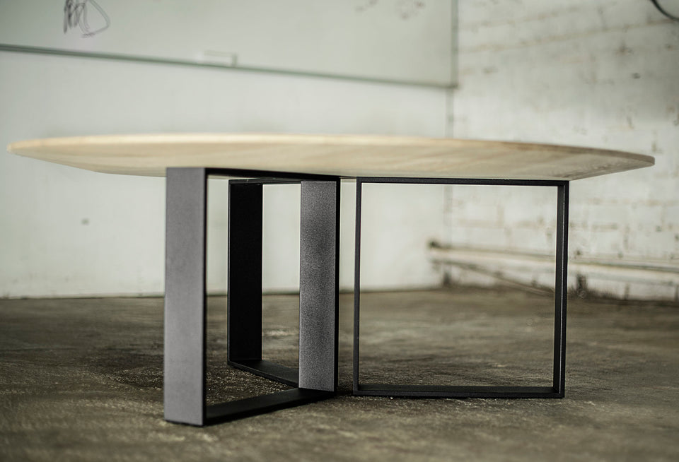 COFFEE TABLE 228