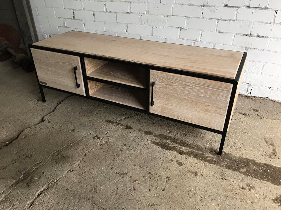 TV TABLE 095