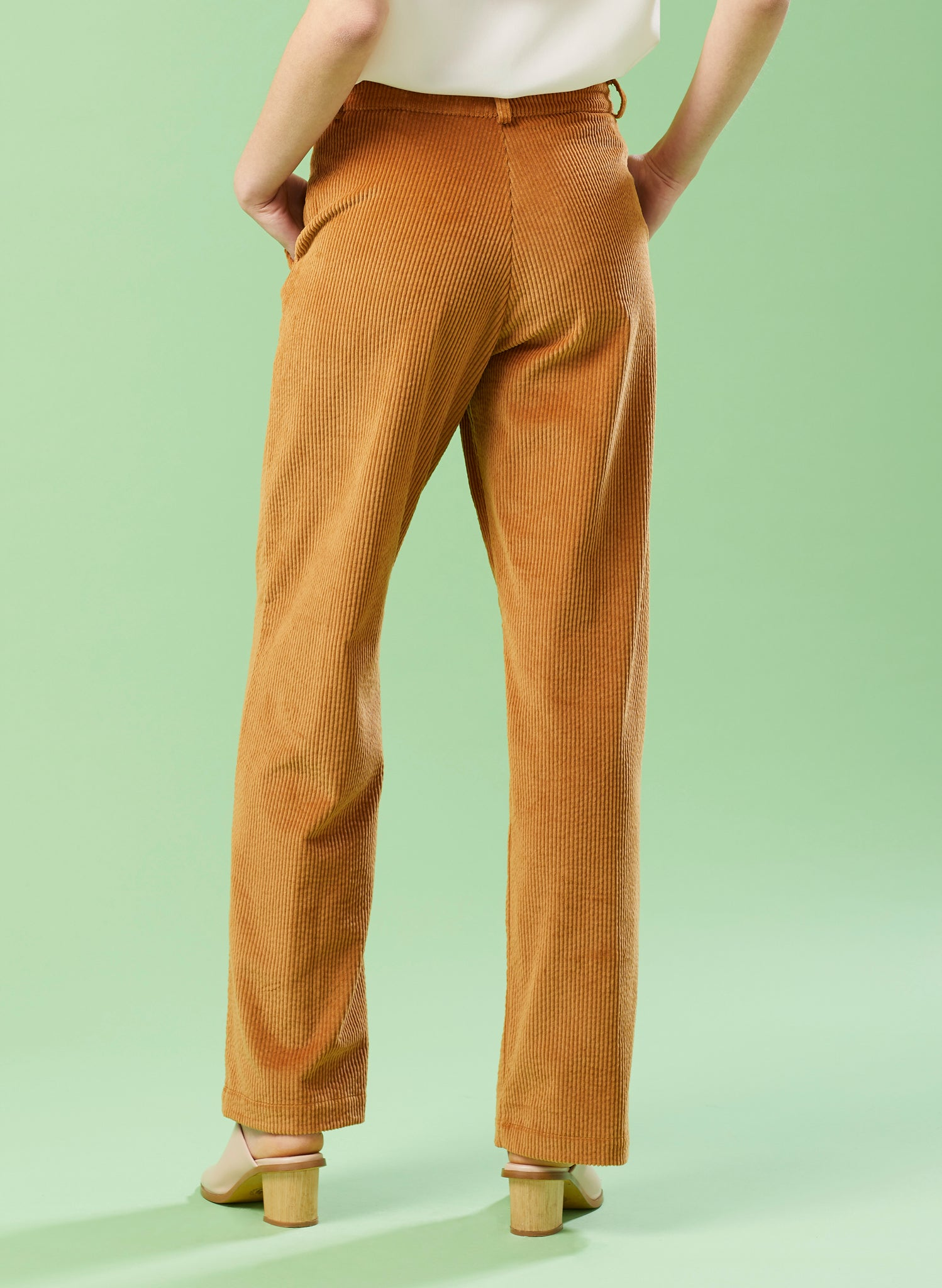 Woodlander Gingerbread Corduroy Wide Legged Trouser