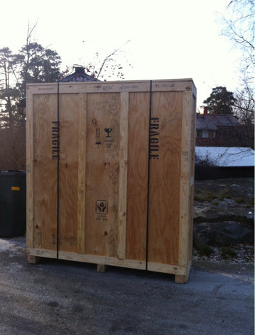 Steinway Piano arrives to Emilia's home in Stockholm Crated