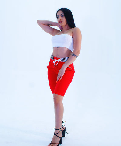 A Trendy Black & White Accent Waist Red Capri Pants - SkinDeepExperience