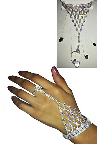 An Eye-Catching Rhinestone Ring Bracelet - SkinDeepExperience