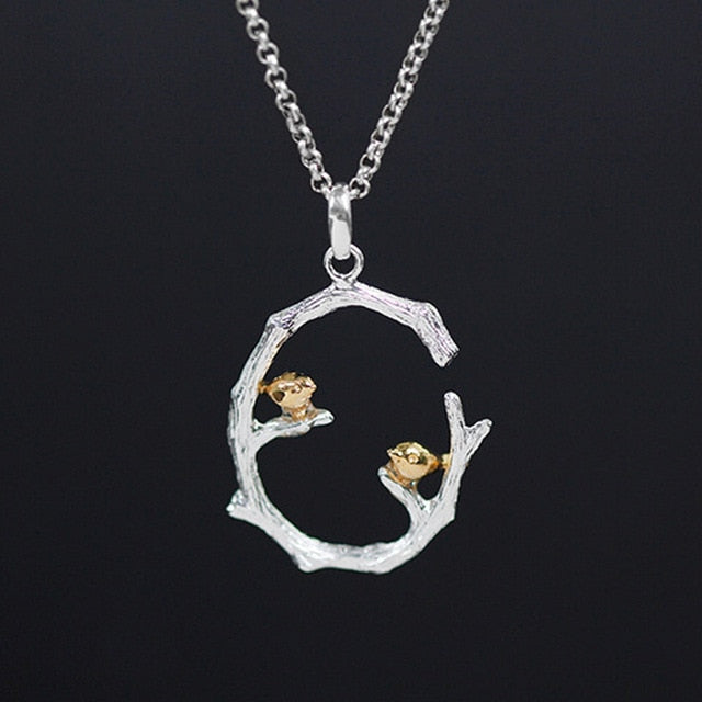 Apus - Women Necklace