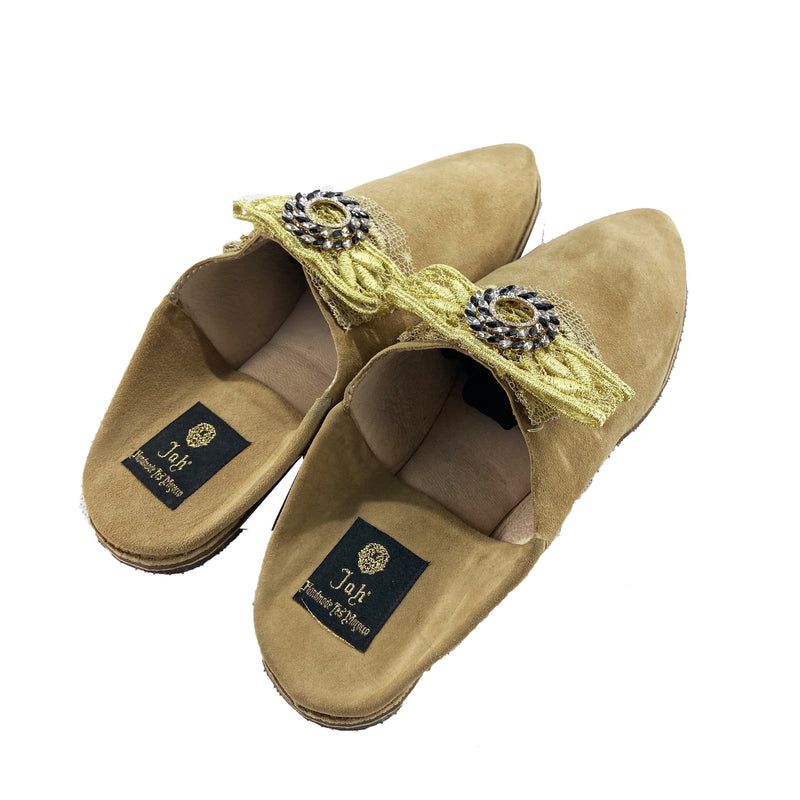 Women Moroccan Slipper in Camel Suede and Gold Bow