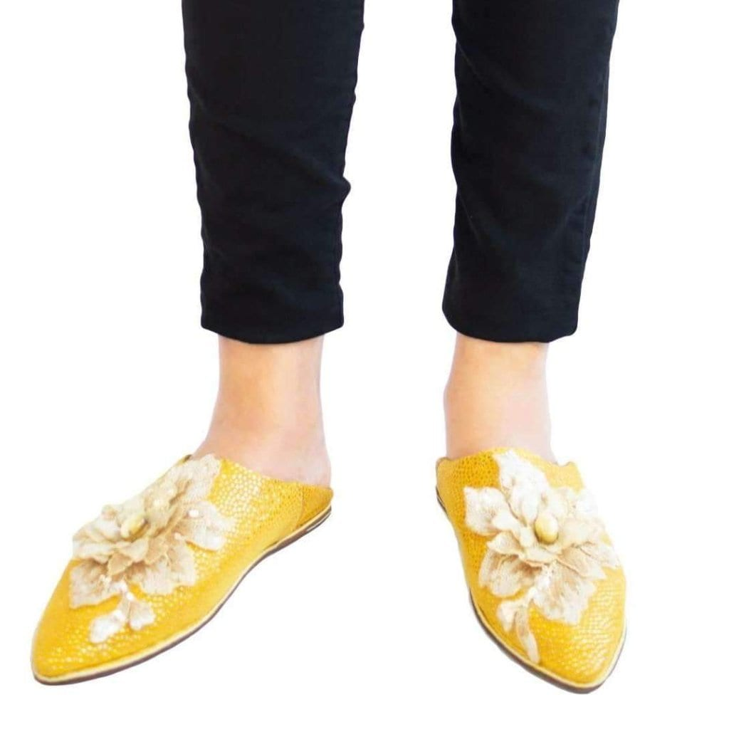 Yellow Leather Woman Slipper with Flower - MyTindy
