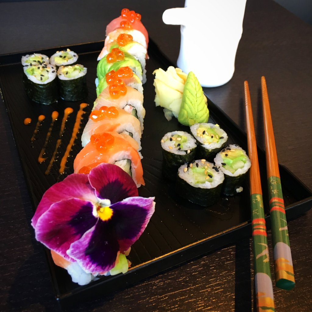 Super Rainbow Roll