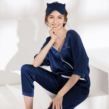 Women's Lovely Silk Pajamas Set, V Neck